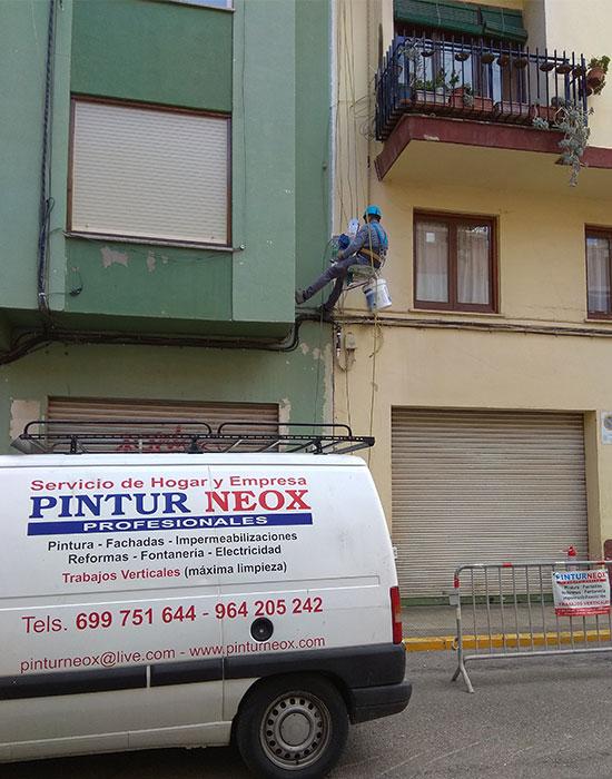 Reparando junta de dilatación Pinturneox en Castellón