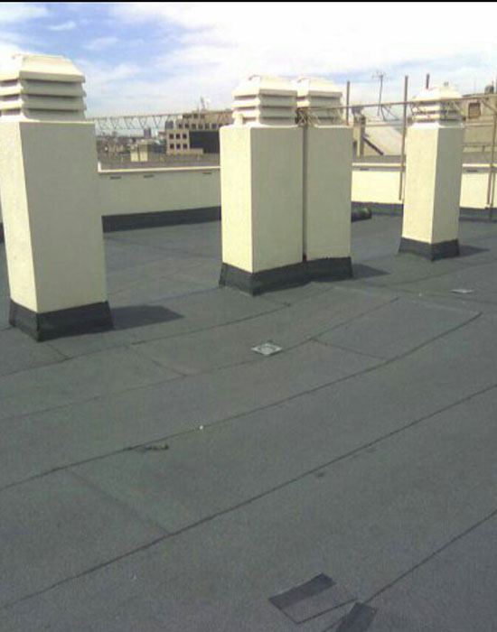 Reparación tejado con tela asfáltica de pizarra Pinturneox en Castellón