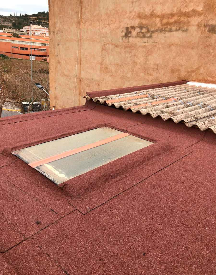 Impermeabilización de cubierta de terraza con tela asfáltica de pizarra